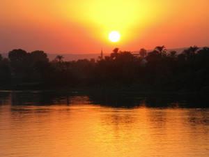 Assuan Staudamm ist wichtig für die Wirtschaft Ägyptens.